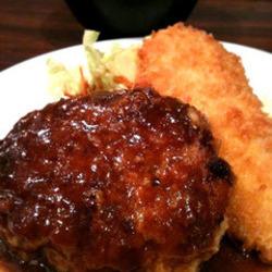 ハンバーグと白身魚のフライのランチセット