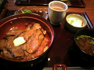 ビフテキ丼