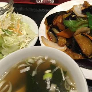 揚げ豚肉とナスの炒め定食