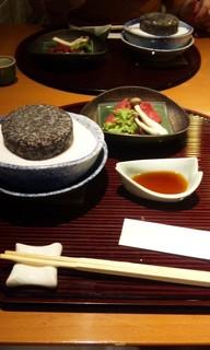 焼物(牛ヒレ肉石焼き)