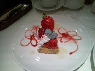 苺チーズタルト