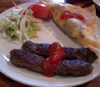 チュニジアの餃子&シシカバブ