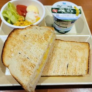 トーストサンドモーニング ハムタマゴ
