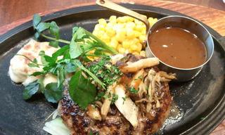 黒×黒ハンバーグステーキ