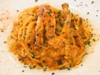 渡り蟹とズッキーニのトマトクリームスパゲッティーニ