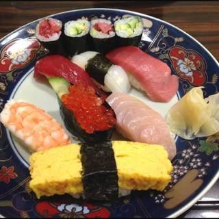 にぎり寿司 上