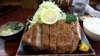 特選ロースカツ定食