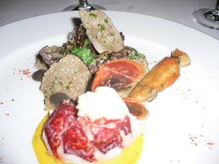 ブルターニュ産オマール海老と黒トリュフのサラダ