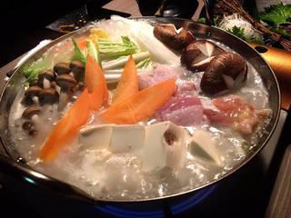 薩摩地鶏と旬菜の水炊き鍋