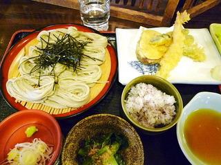 名物へぎそばと季節の天ぷら定食