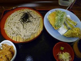名物へぎそばと野菜天ぷら