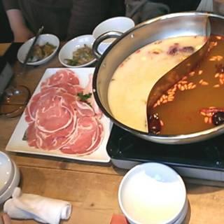 火鍋(コラーゲン豆乳&薬膳火鍋12種の薬膳だし)