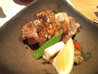 地鶏の黒胡椒焼き