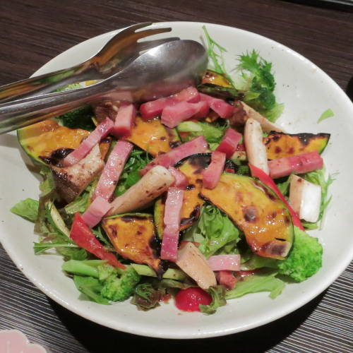 ベーコンと焼き野菜のサラダ