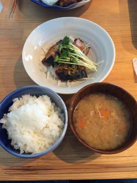 ランチAセット(カツオのソテー生姜醤油)