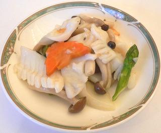 イカと野菜の炒め物