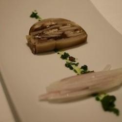 セップ茸のテリーヌ パセリのソース