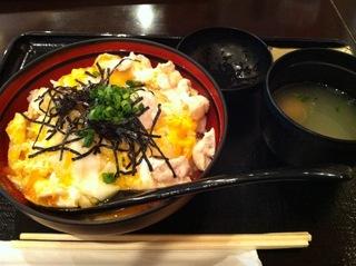 純鶏名古屋コーチン鶏コラーゲン親子丼