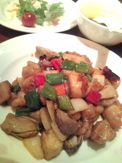 鶏の角切りピリ辛四川炒め