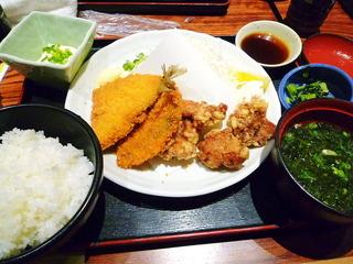 アジフライ唐揚定食