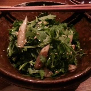 春菊・三つ葉・ごぼうのさっぱりサラダ