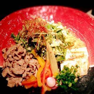 バームクーヘン豚と自家製豆腐の冷しゃぶサラダ