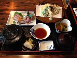 野菜天ぷらとお刺身定食