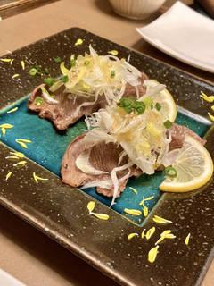 大判ネギ塩牛タン寿司