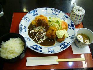 牡蠣フライとタンシチュー定食