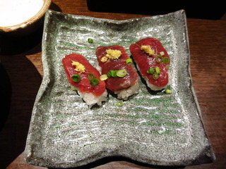 霜降り桜肉のお寿司