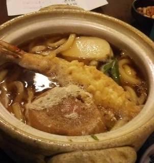 鍋焼うどん(ライス・漬物付)