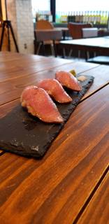 限定!!和牛の炙り寿司 3貫
