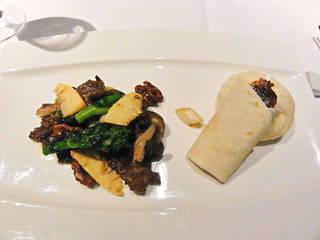 北京ダックと黒毛和牛の炒め物