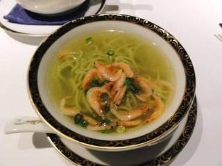 桜海老入り翡翠麺
