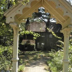 英国式庭園 ガーデンハウスカフェ