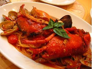 活オマール海老と渡り蟹のスパゲッティ