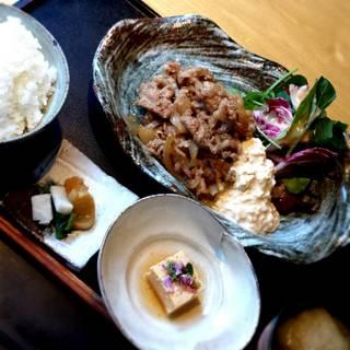 豚の生姜焼きタルタル定食