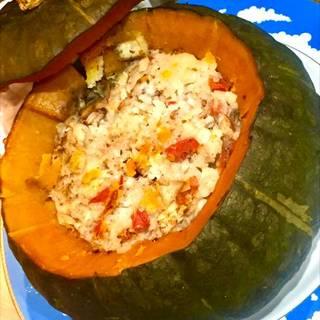 ハロウィン特製  かぼちゃのカップの若鶏と野菜のチーズリゾット詰めオーブン焼き