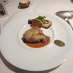 フランス・ブルターニュ産地鶏肉のコンフィ