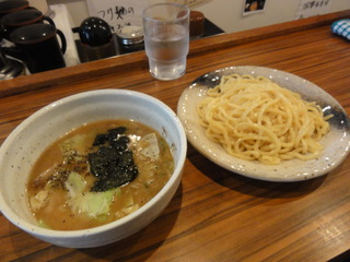 濃厚魚介豚骨スープつけ麺