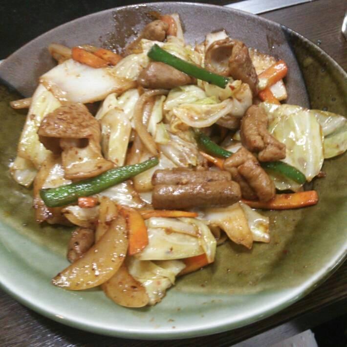 もつのピリ辛野菜炒め