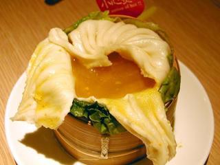 蟹黄灌湯包