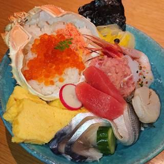 蟹飯イクラかけと鮪の彩り海鮮丼御膳~雲丹醤油~