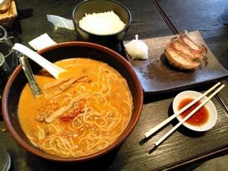 辛み坦々麺