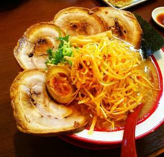 ネギ山チャーシュー麺