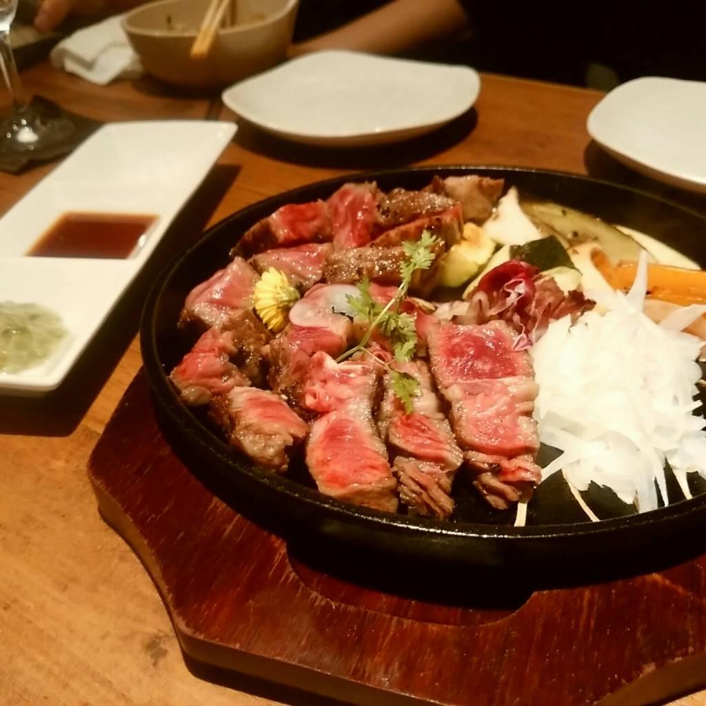 ・黒毛和牛 極上霜降りステーキ(焼き物)