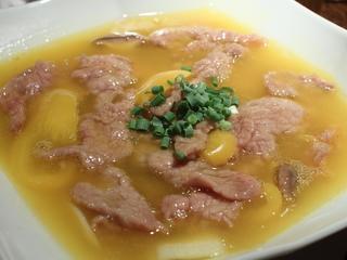 牛肉の金湯ソース煮込み
