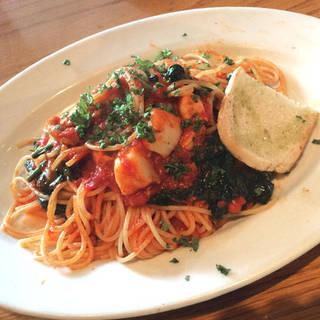 ホタテとほうれんそうのトマトソース スパゲッティーニ