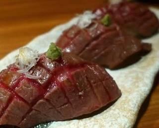 松阪牛炙り寿司