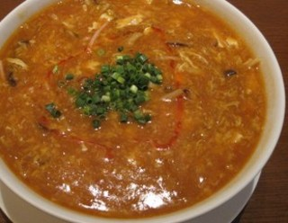 四川風酸味と辛味スープそば
